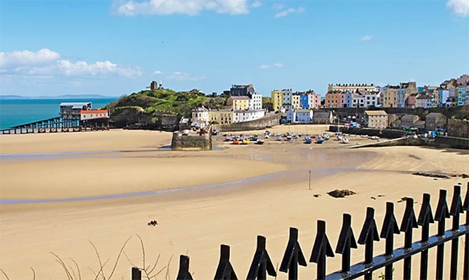 North Beach Tenby - Penbrokeshire, West Wales